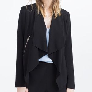 ZARA Asymmetrical Jacket w Zip Detail Sz Large
